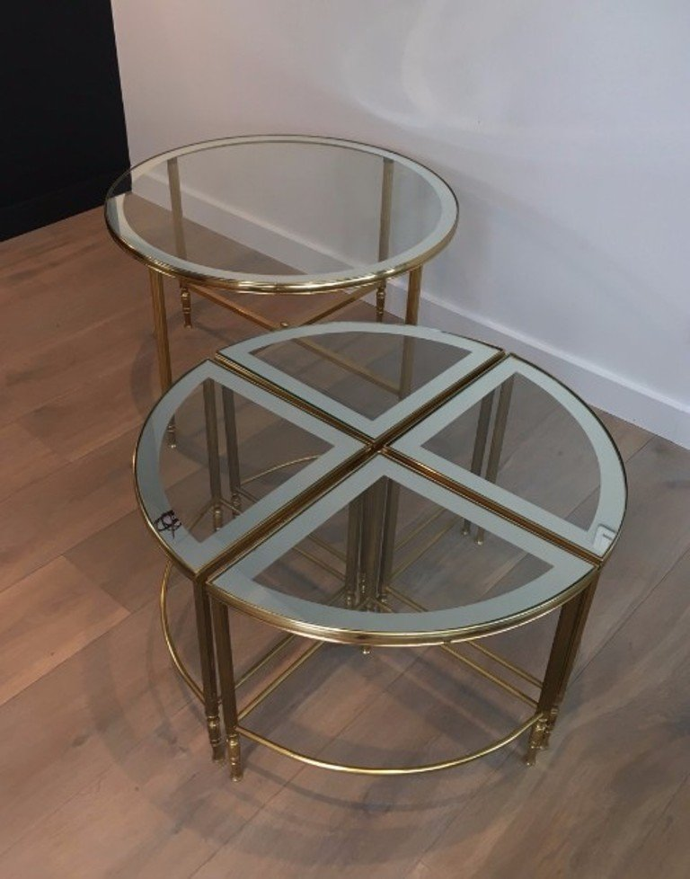 round brass coffee table 4 nesting tables 1960s for sale at pamono. Black Bedroom Furniture Sets. Home Design Ideas
