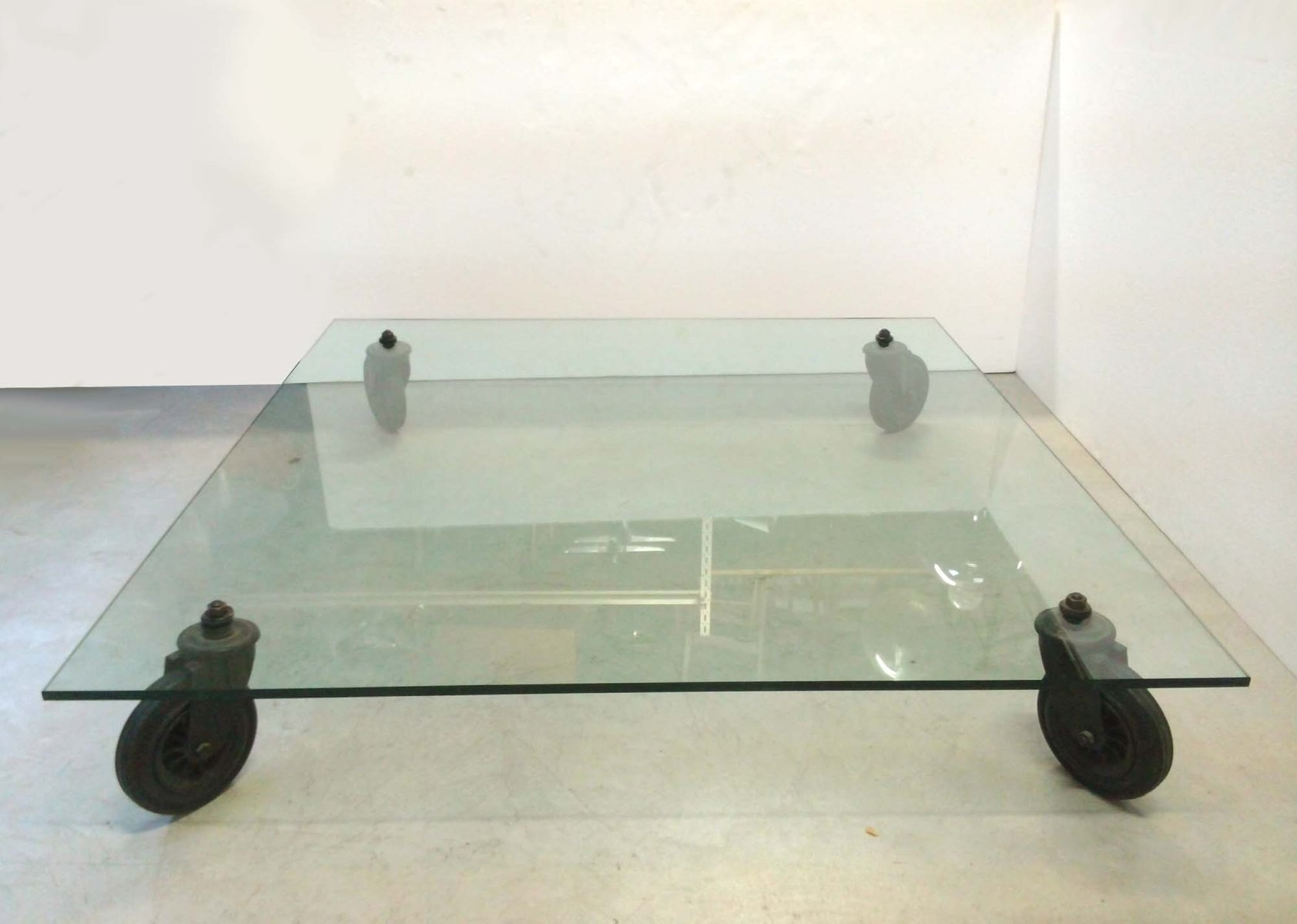 Vintage Model 2653 Table by Gae Aulenti for Fontana Arte for sale
