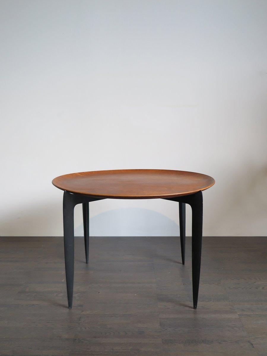 vintage tisch mit tablett von h engholm svend willumsen f r fritz hansen bei pamono kaufen. Black Bedroom Furniture Sets. Home Design Ideas