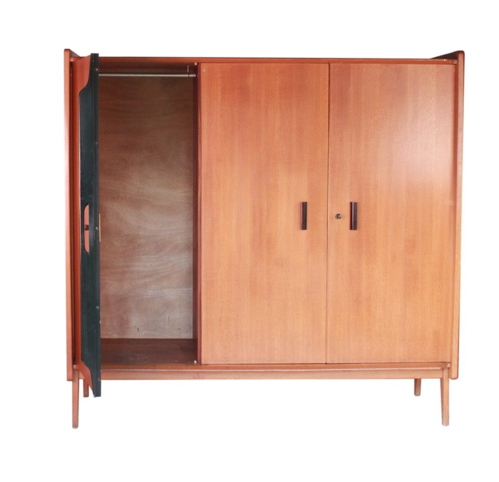dakar kleiderschrank aus eiche von roger landault f r abc editor 1950er bei pamono kaufen. Black Bedroom Furniture Sets. Home Design Ideas