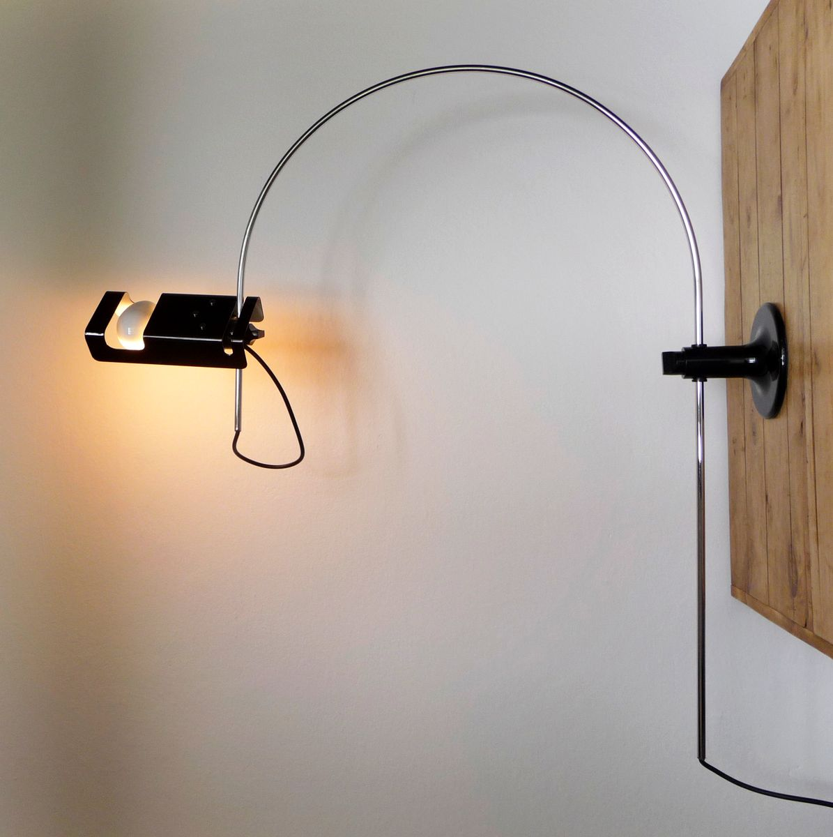Spider lamp by joe colombo for oluce 1960s for sale at pamono for What is a spider lamp