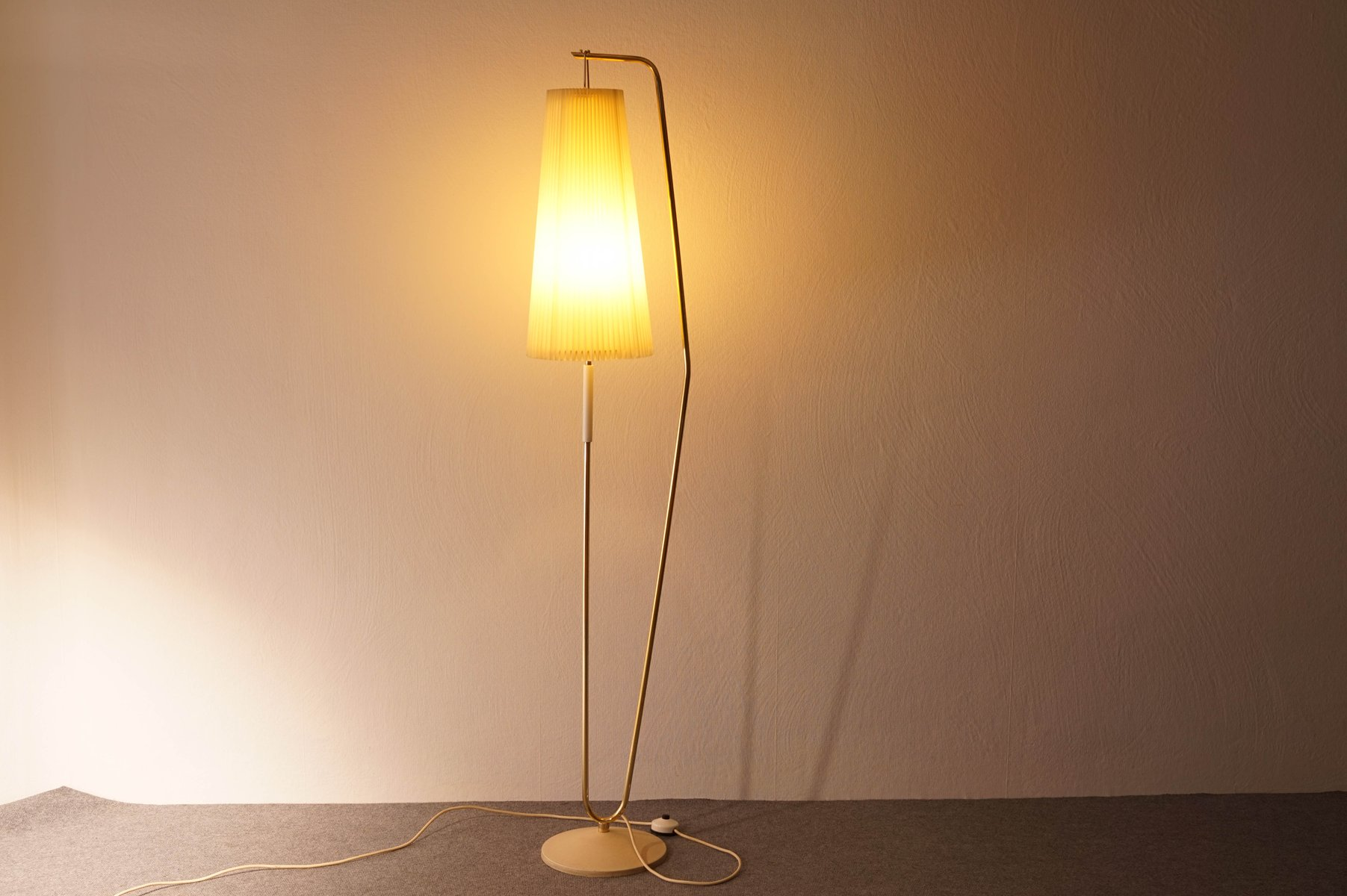 Floor lamp with off white shade 1950s for sale at pamono for 1950 floor lamp