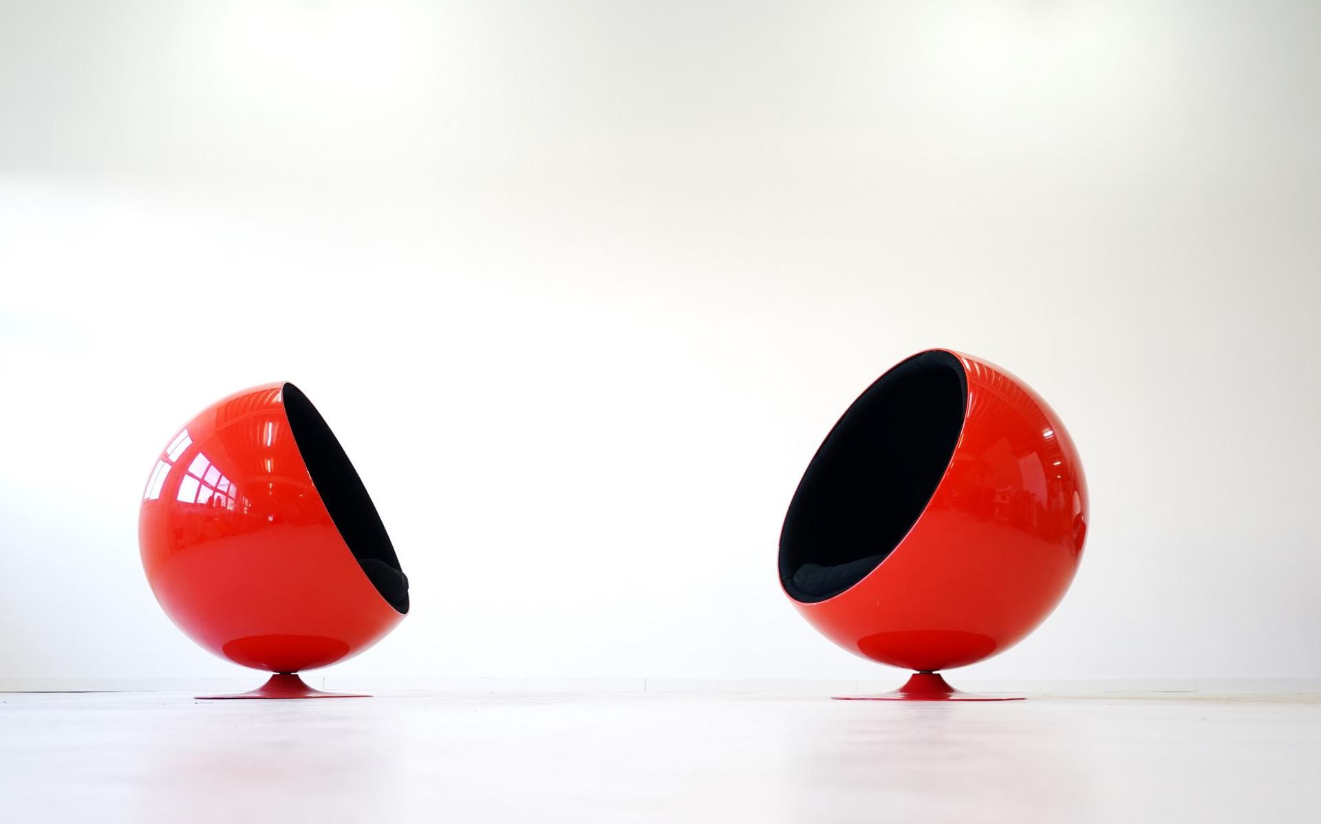Vintage Ball Chairs by Eero Aarnio for Asko, Set of 2 for sale at ...