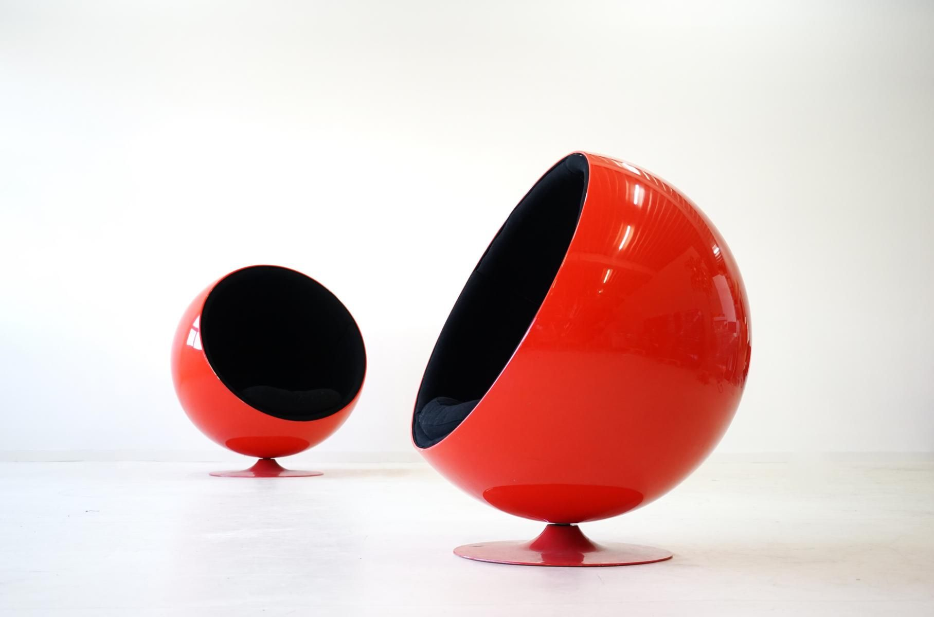 Vintage Ball Chairs by Eero Aarnio for Asko Set of 2 for sale at