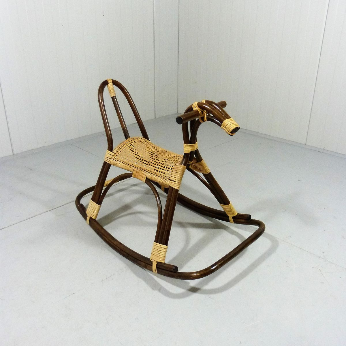 Vintage rattan rocking horse for sale at pamono for Vintage horseshoes for sale