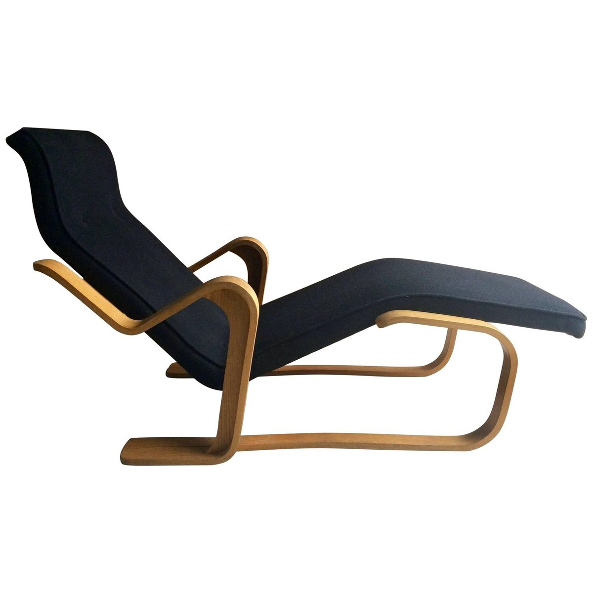 vintage black long chair by marcel breuer for sale at pamono. Black Bedroom Furniture Sets. Home Design Ideas