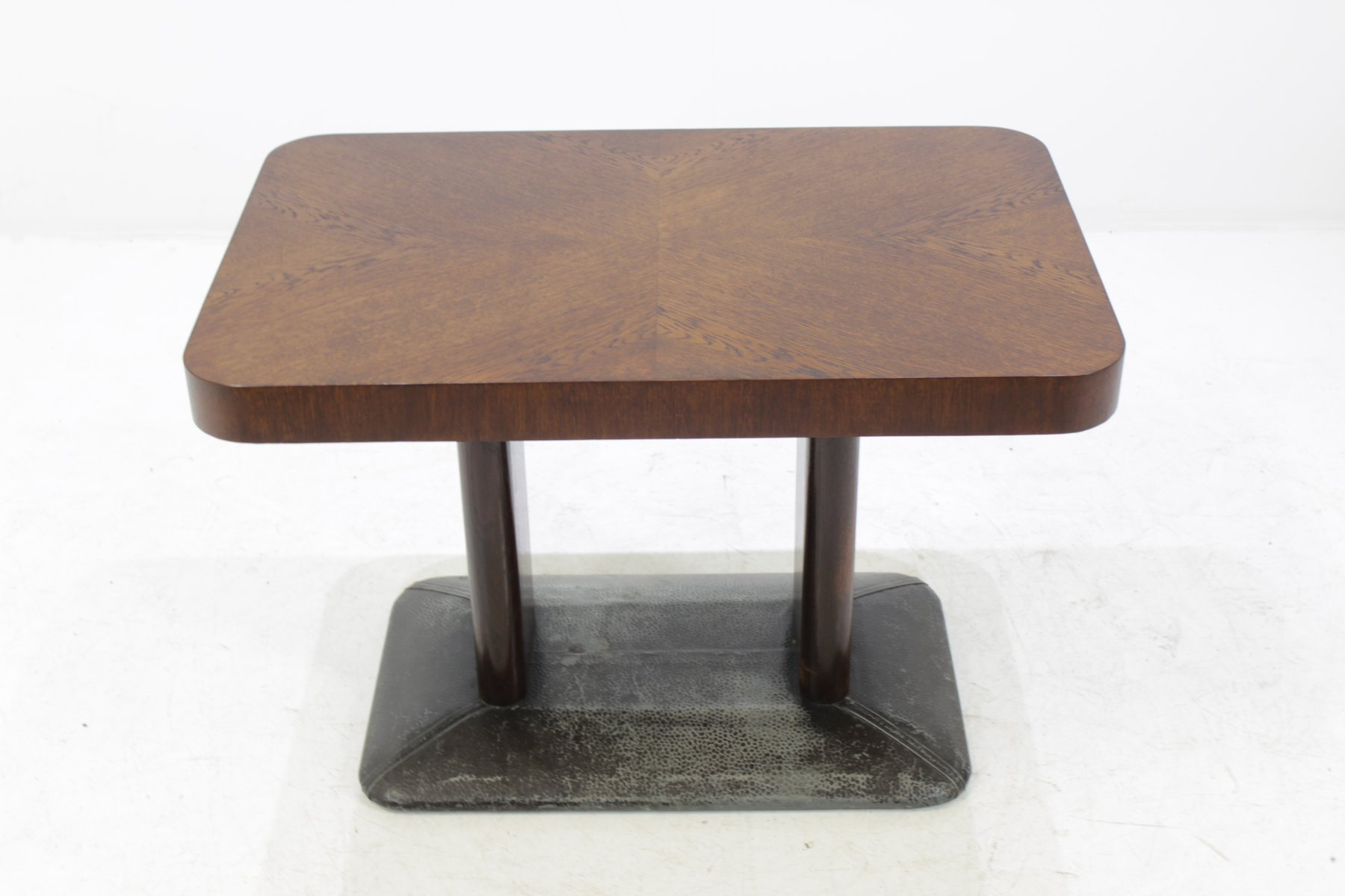 Buy Vintage and Mid Century Coffee Tables at Pamono