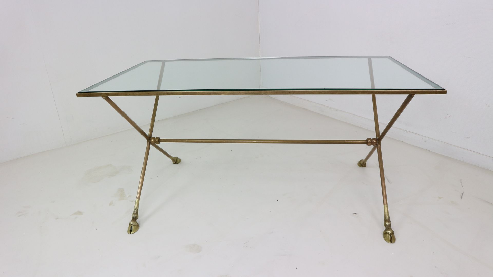 Buy Antique and Vintage Coffee Tables at Pamono