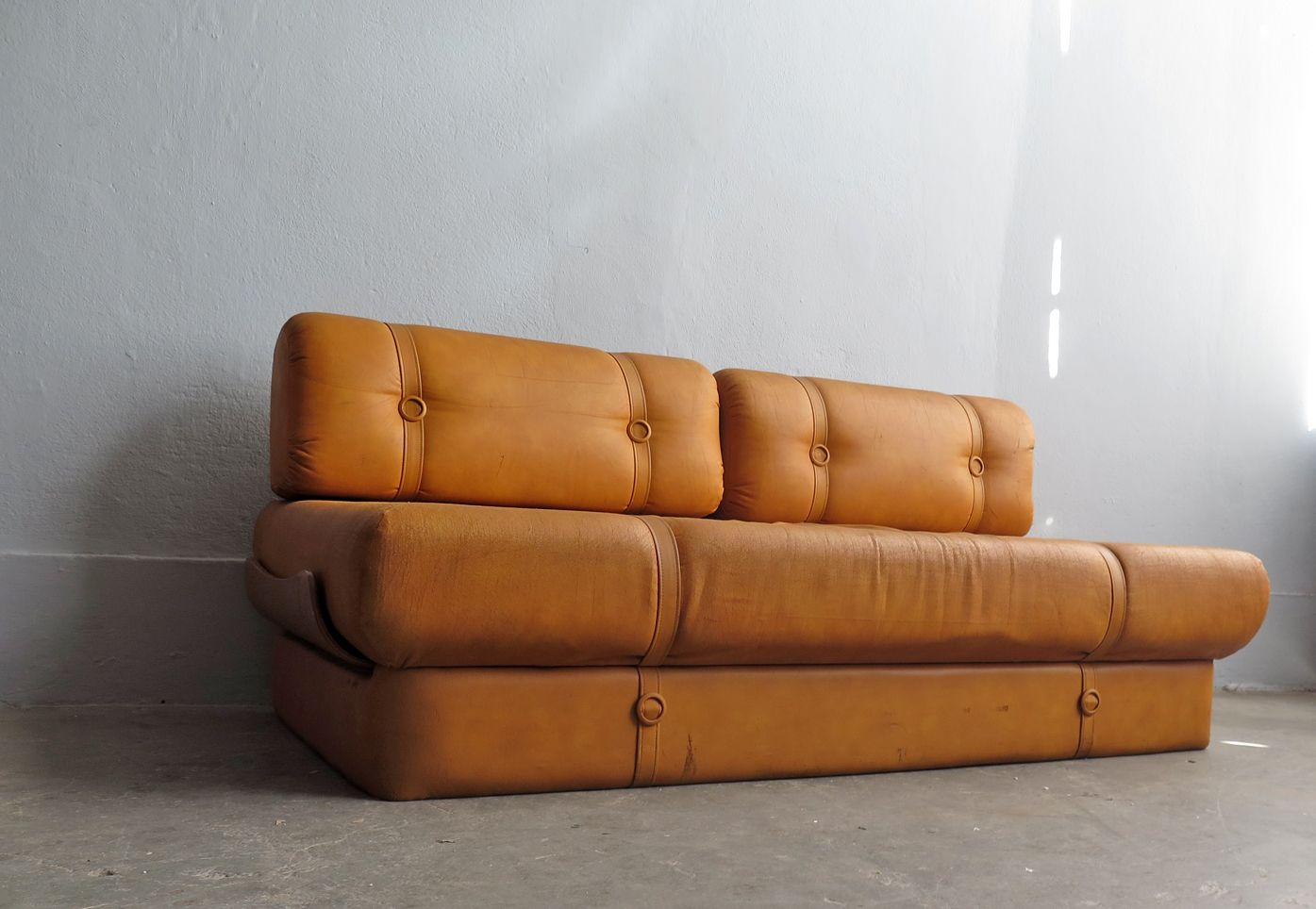 Vintage faux leather sofa bed for sale at pamono for Vintage leather sofa