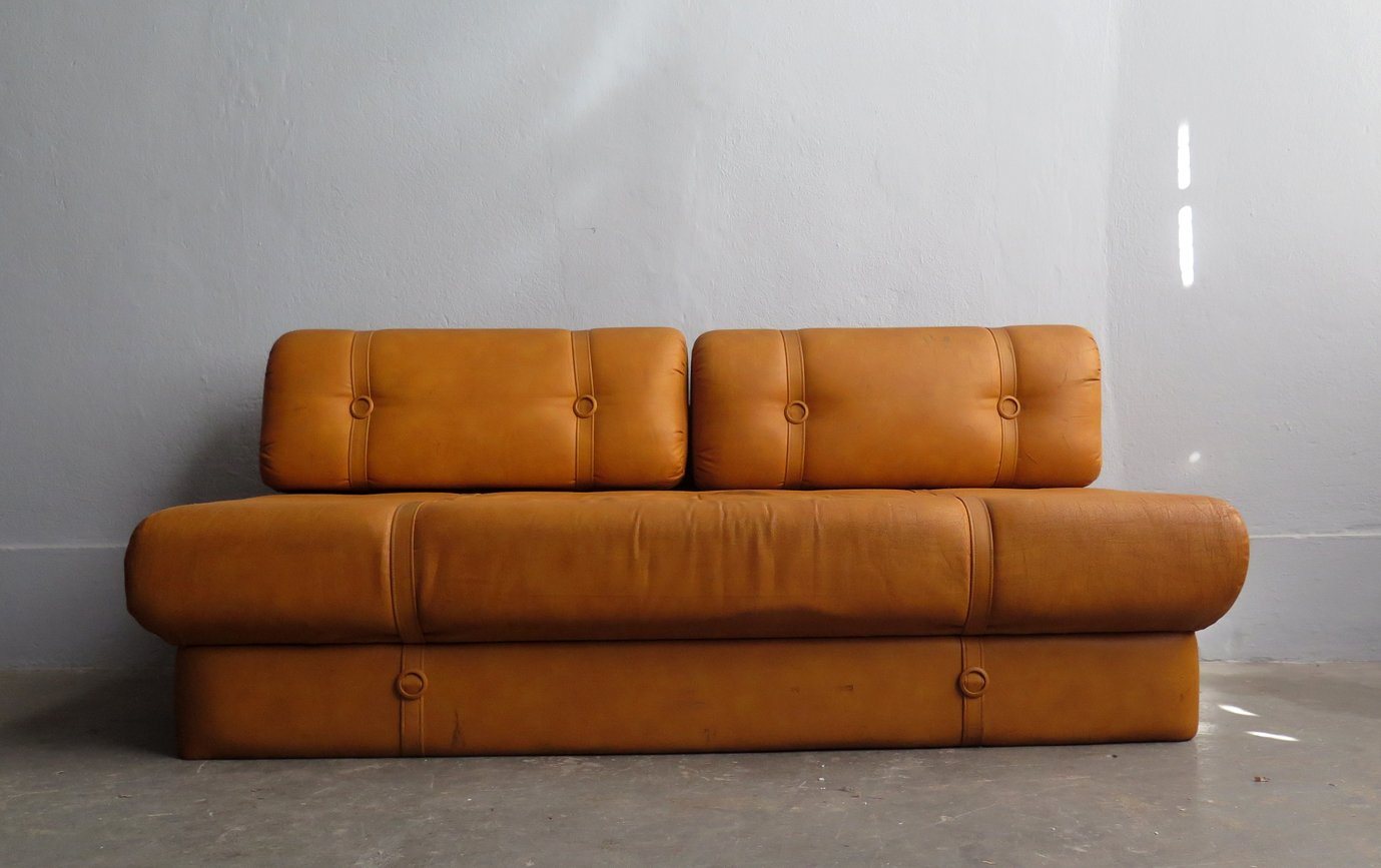 Tan leather sofa bed filmore 89 inch tan leather sofa free for Tan leather sofa bed
