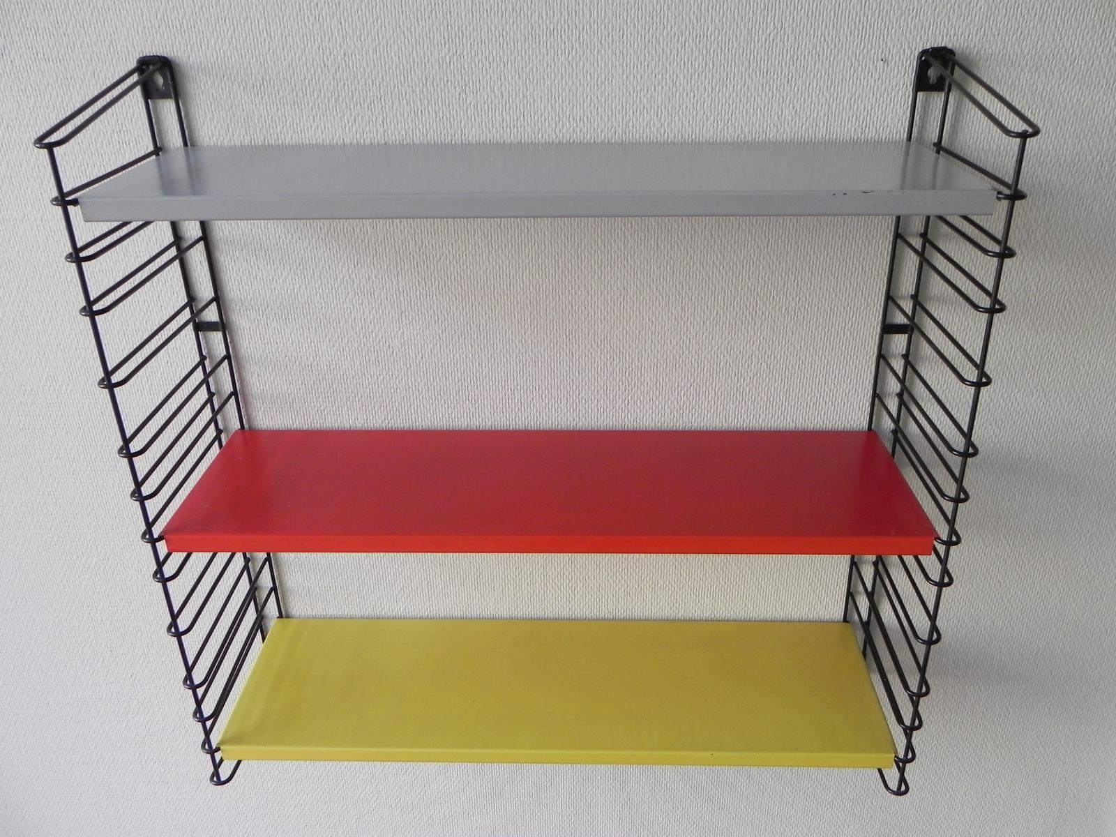 wandregal mit 3 ablagen aus metall von tomado 1960er bei pamono kaufen. Black Bedroom Furniture Sets. Home Design Ideas