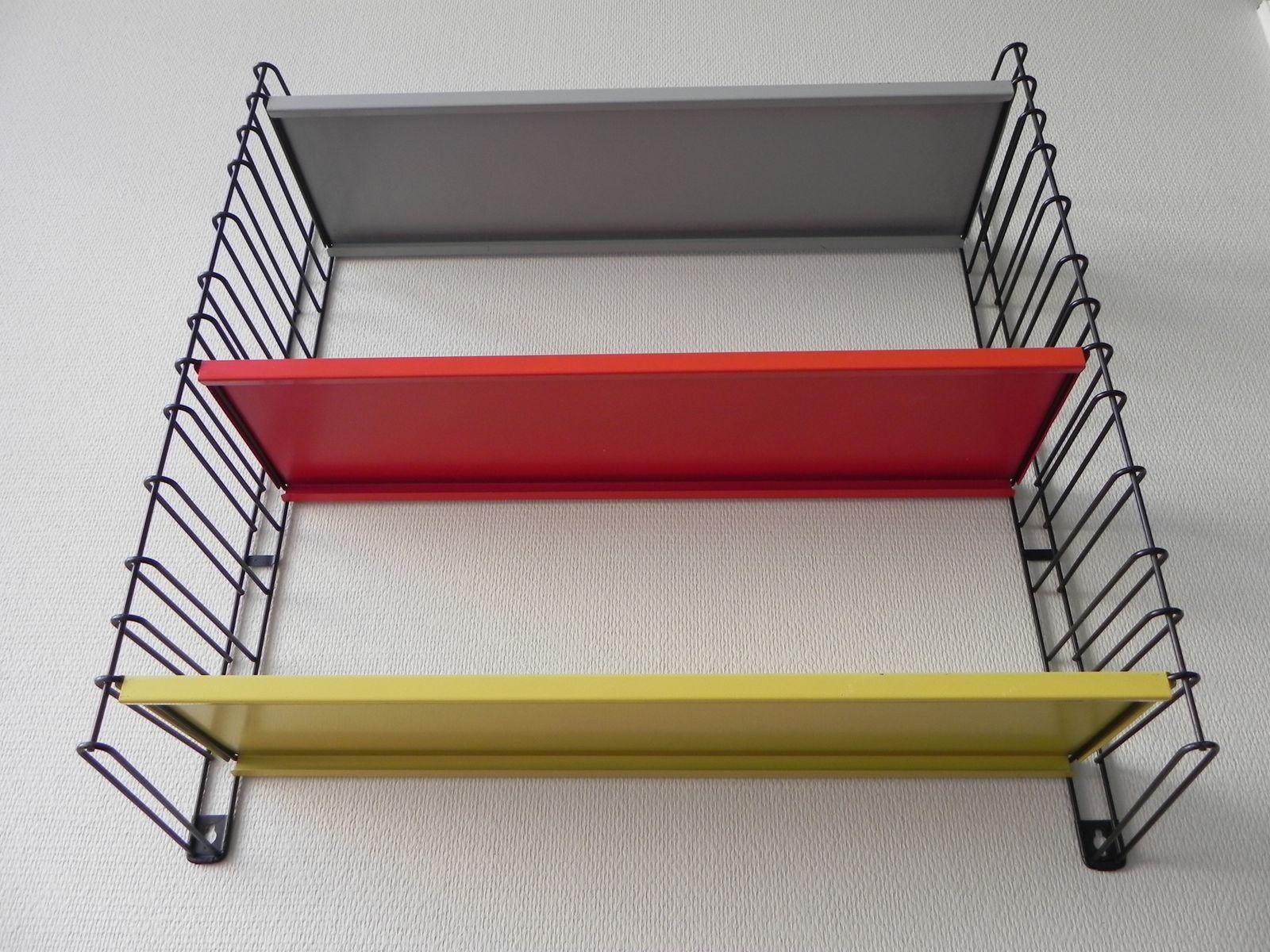 wandregal mit 3 ablagen aus metall von tomado 1960er bei. Black Bedroom Furniture Sets. Home Design Ideas