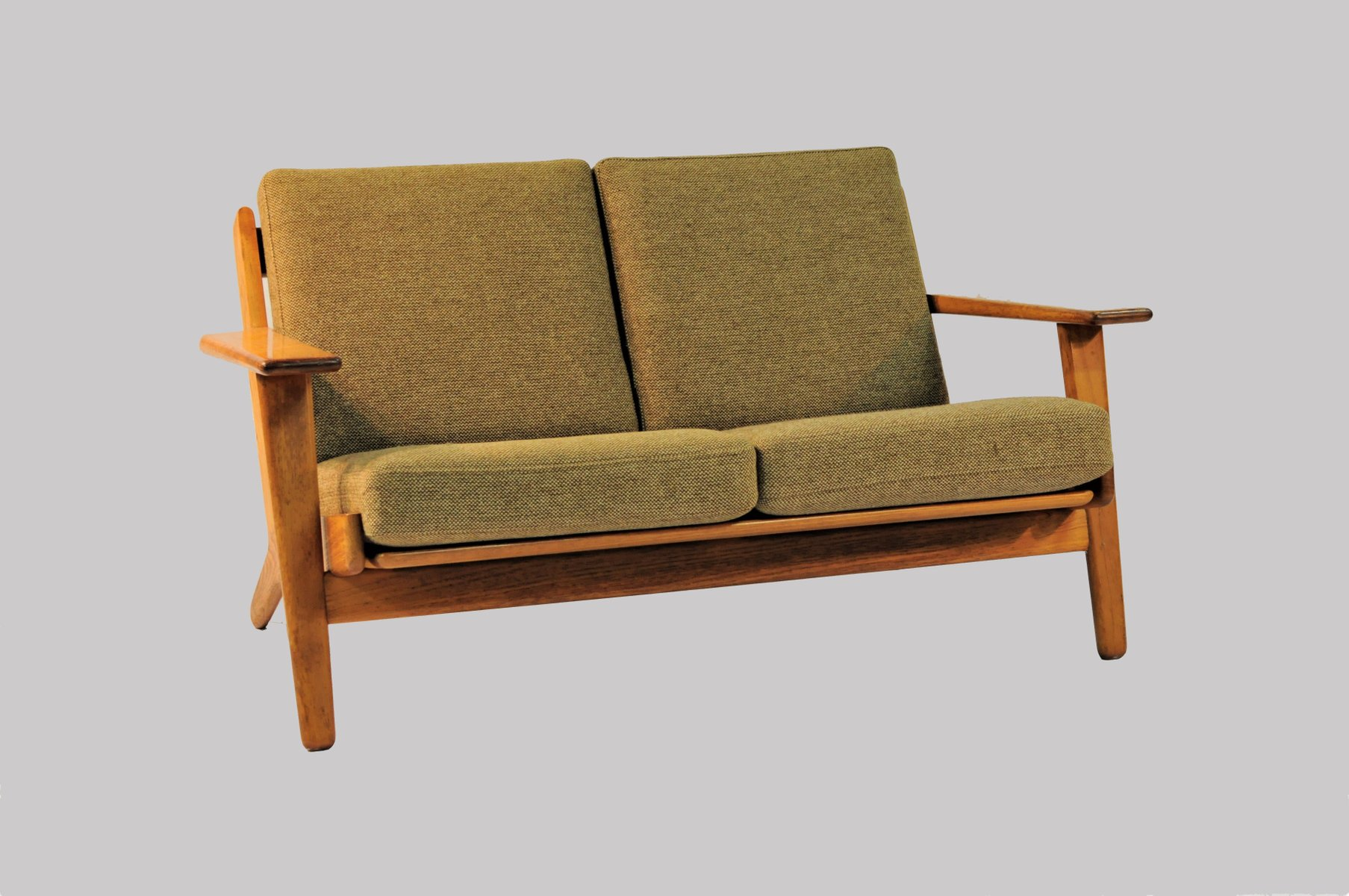 model ge 290 2 sofa by hans j wegner for getama 1950s for sale at pamono. Black Bedroom Furniture Sets. Home Design Ideas