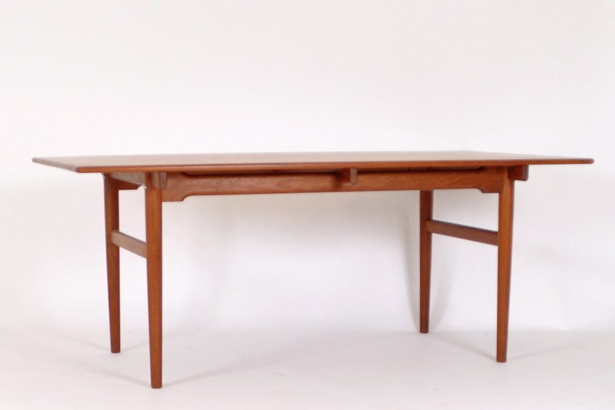 Table de salle a manger at327 mid century par hans j for Table salle manger originale
