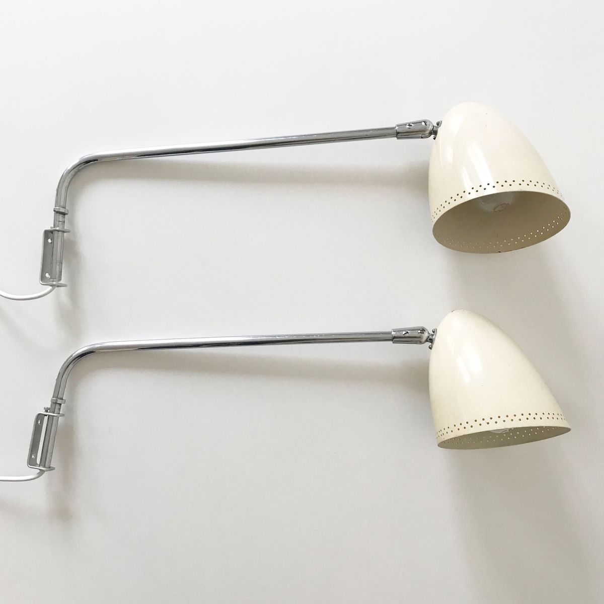 Mid-Century Modern Wall Lamps, Set of 2 for sale at Pamono