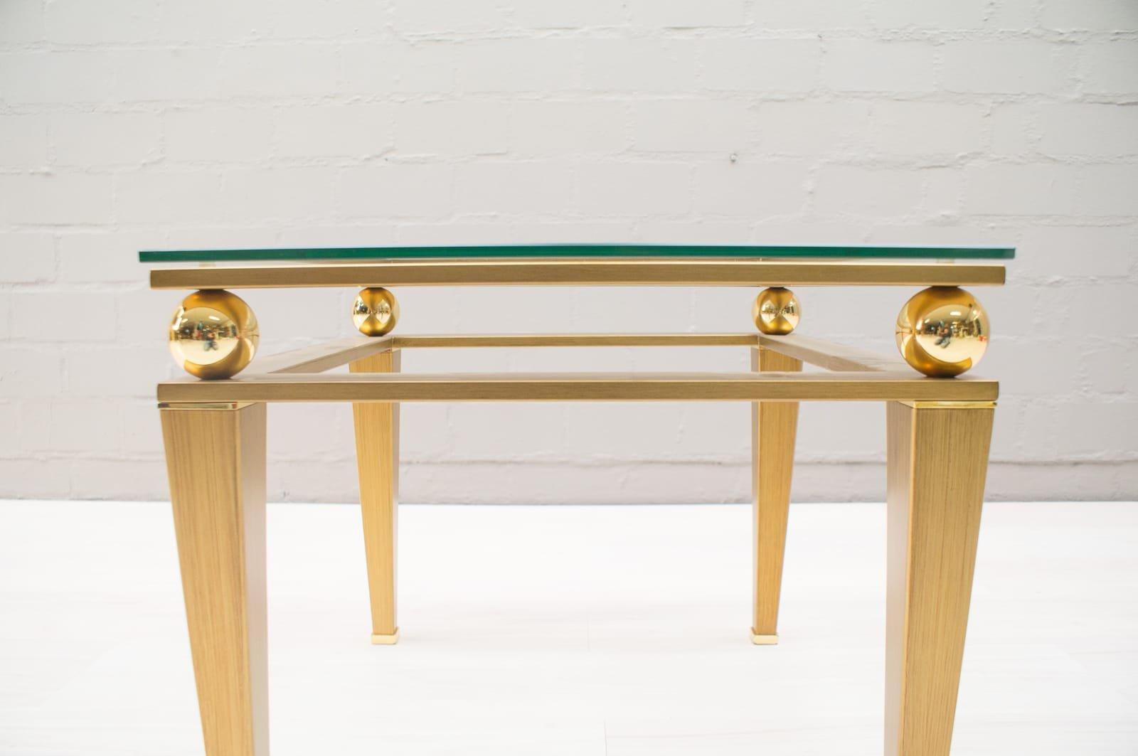 hollywood regency couchtisch aus vergoldetem messing 1960er bei pamono kaufen. Black Bedroom Furniture Sets. Home Design Ideas