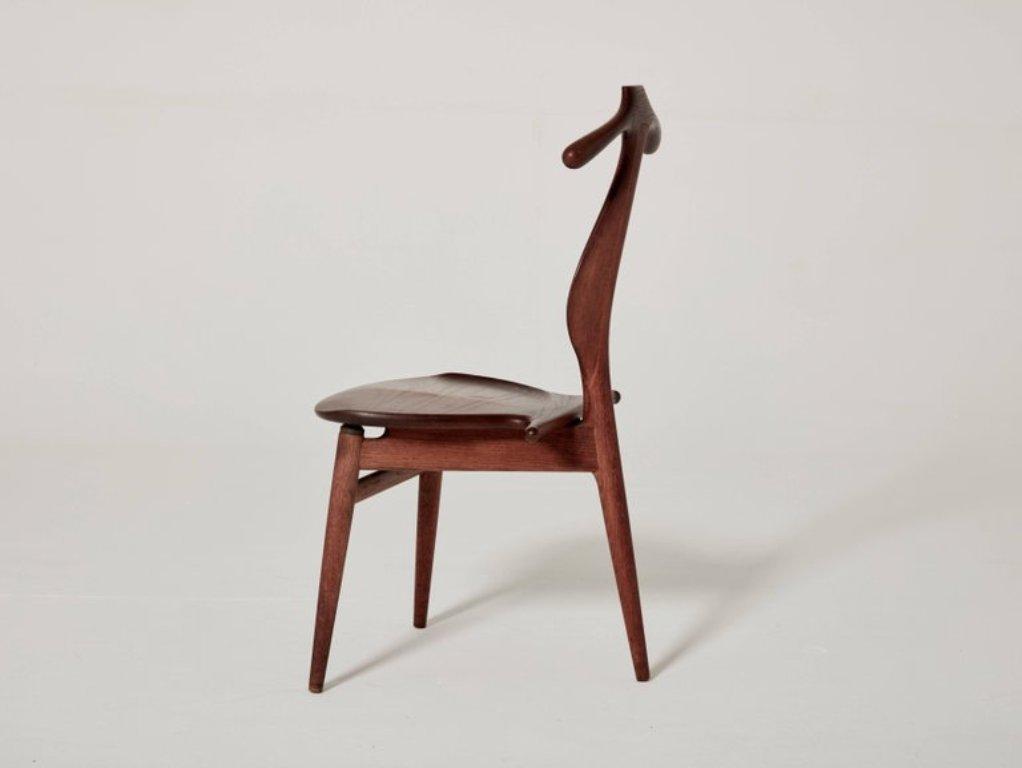 mid century stummer diener stuhl von hans wegner f r. Black Bedroom Furniture Sets. Home Design Ideas