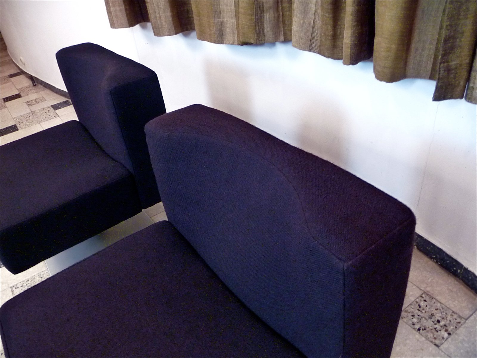 system 350 lounge chairs side table by herbert hirche. Black Bedroom Furniture Sets. Home Design Ideas