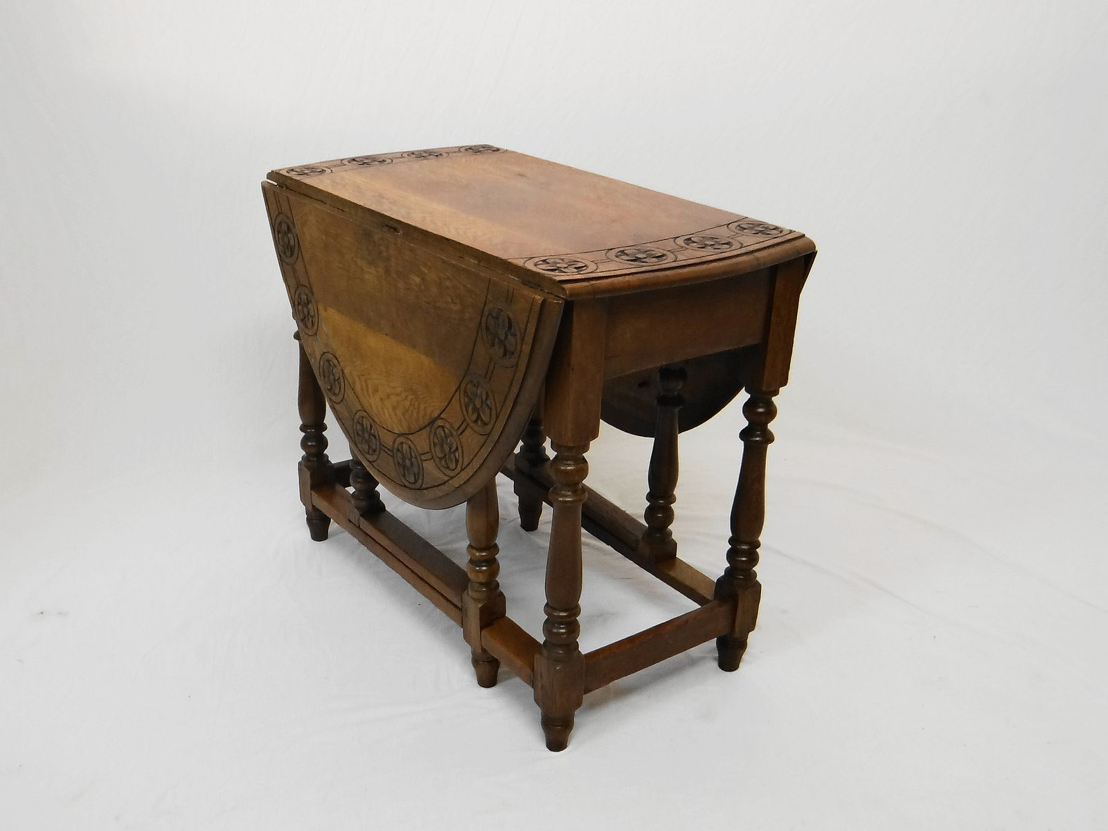 Antique Solid Oak Gate Leg Table For Sale At Pamono