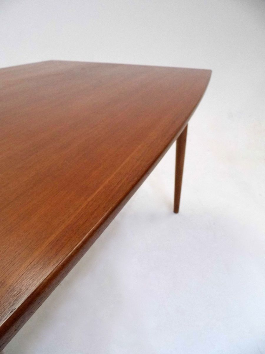 Danish Teak Extending Curved Dining Table 1960s for sale  : danish teak extending curved dining table 1960s 8 from www.pamono.co.uk size 900 x 1200 jpeg 56kB