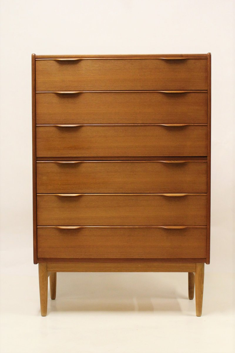 skandinavische mid century teak kommode bei pamono kaufen. Black Bedroom Furniture Sets. Home Design Ideas