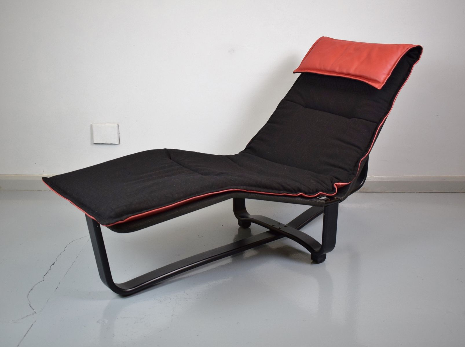 Mid century modern bentwood chaise longue 1980s for sale for Chaise longue moderne