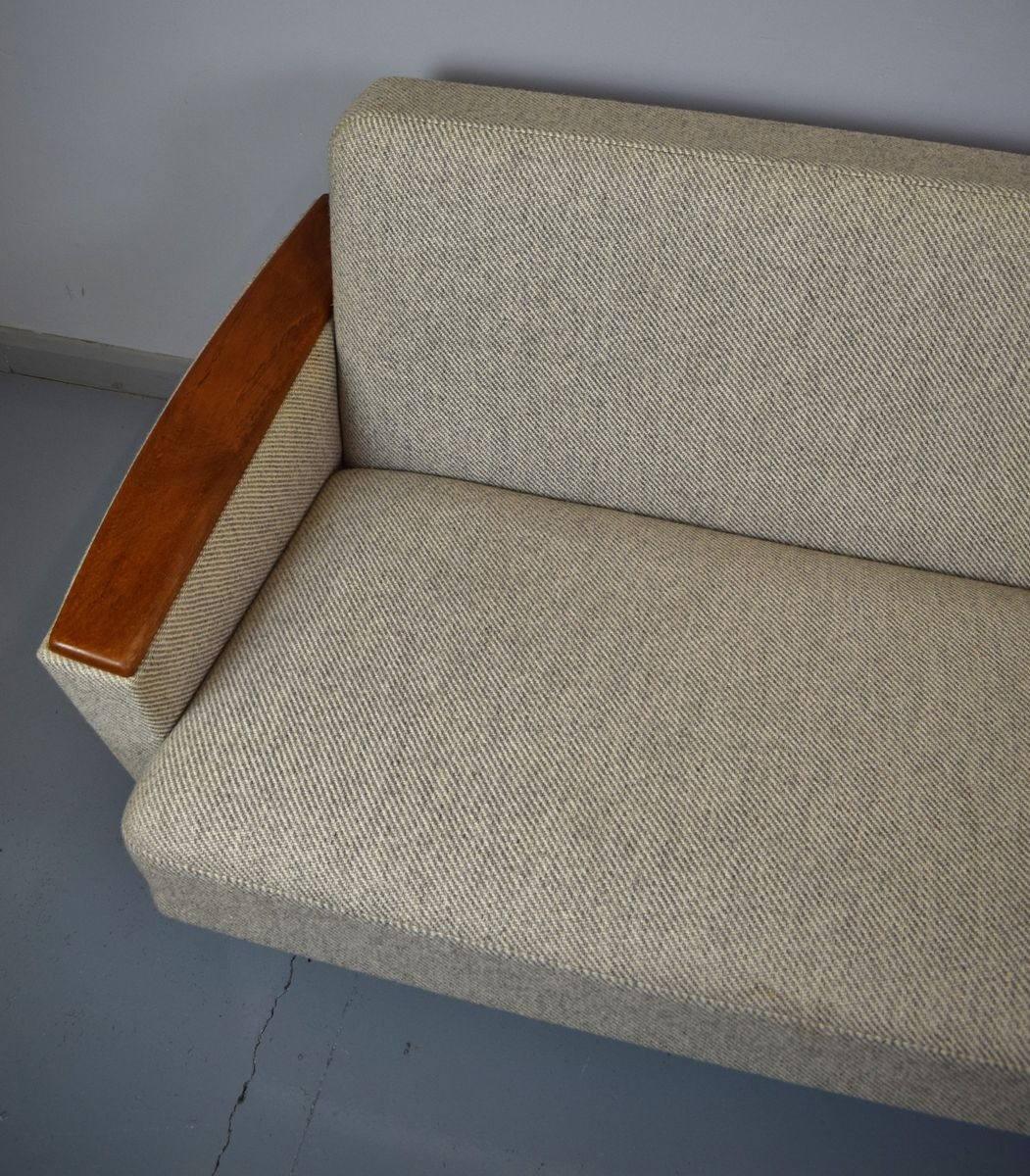 Mid century buchenholz 3 sitzer sofa bei pamono kaufen for Sofa 7 sitzer