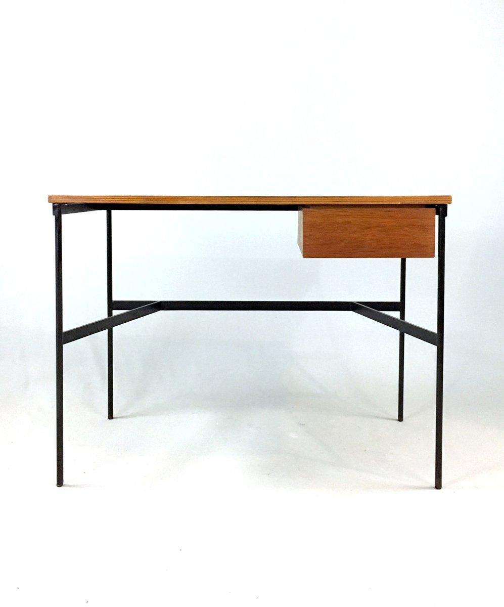 modell cm174 schreibtisch von pierre paulin f r thonet. Black Bedroom Furniture Sets. Home Design Ideas