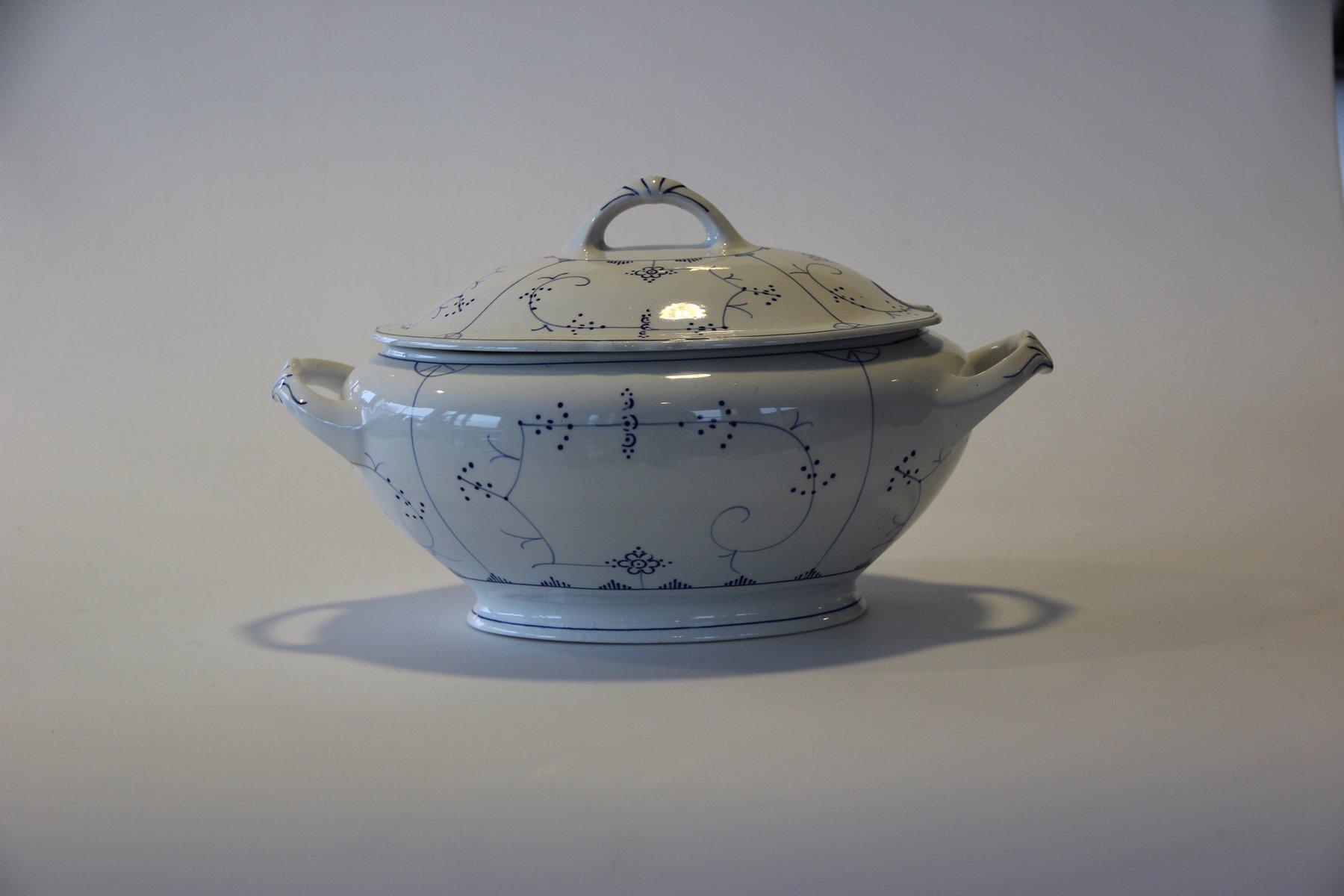 Antique porcelain serving dish from villeroy boch for for Villeroy boch sale