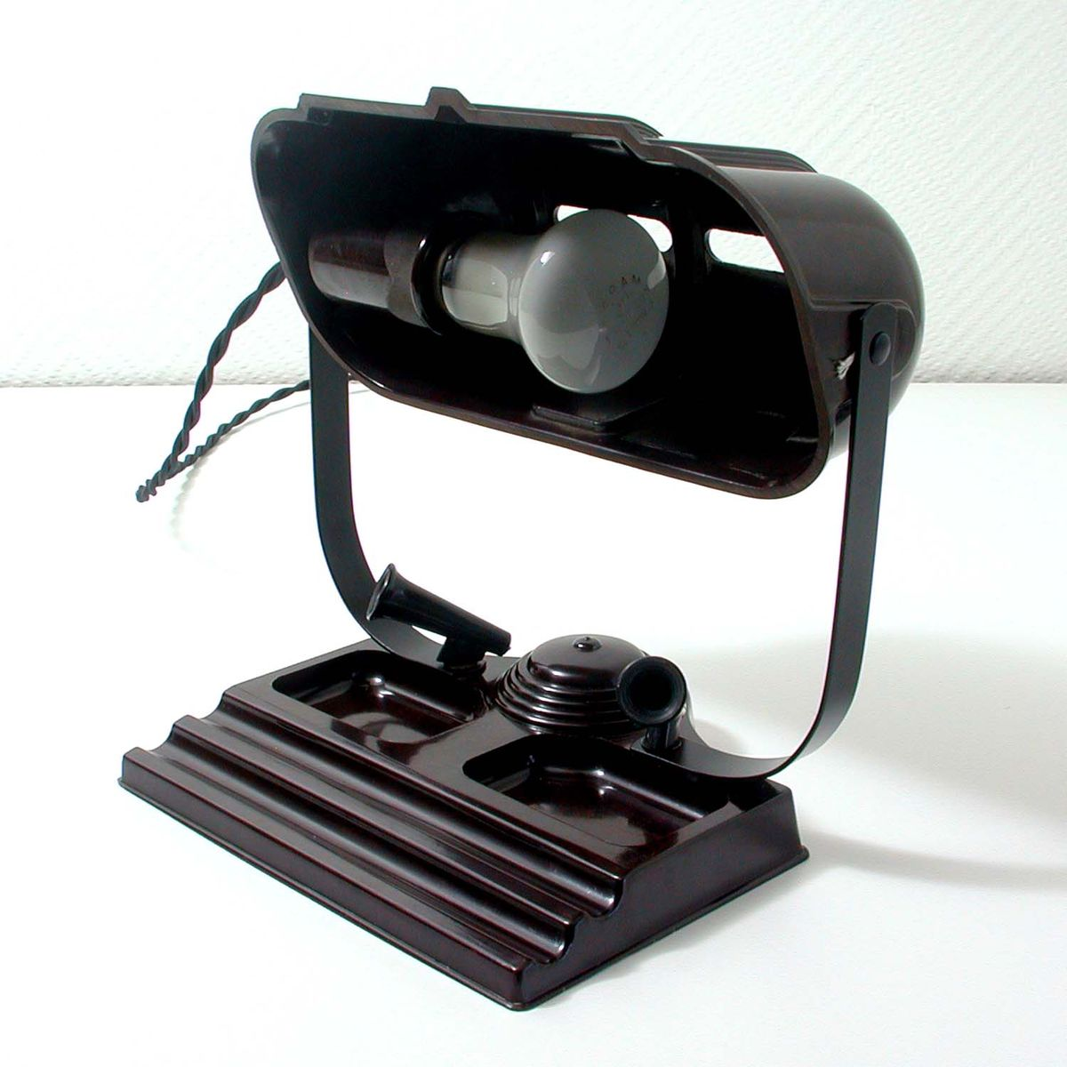 Vintage Bakelite Table Lamp From Atlas 1930s For Sale At