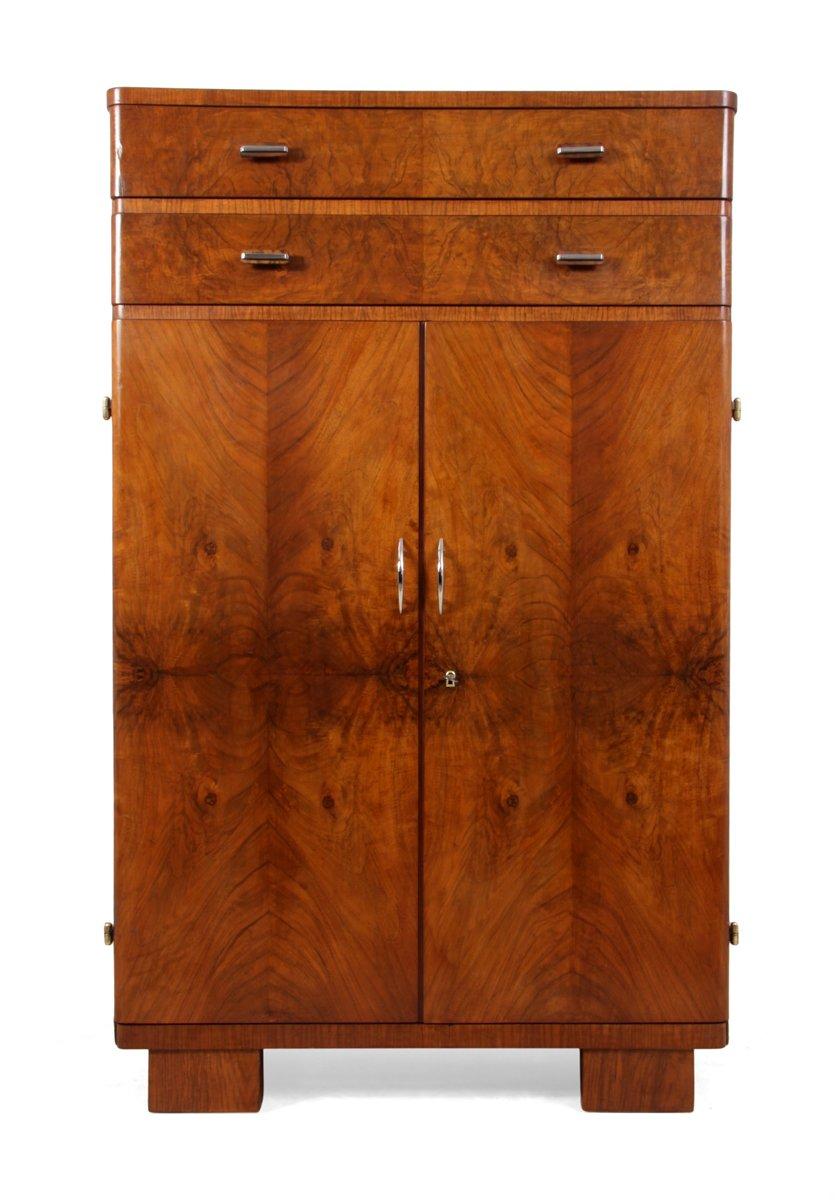vintage walnuss schrank bei pamono kaufen. Black Bedroom Furniture Sets. Home Design Ideas