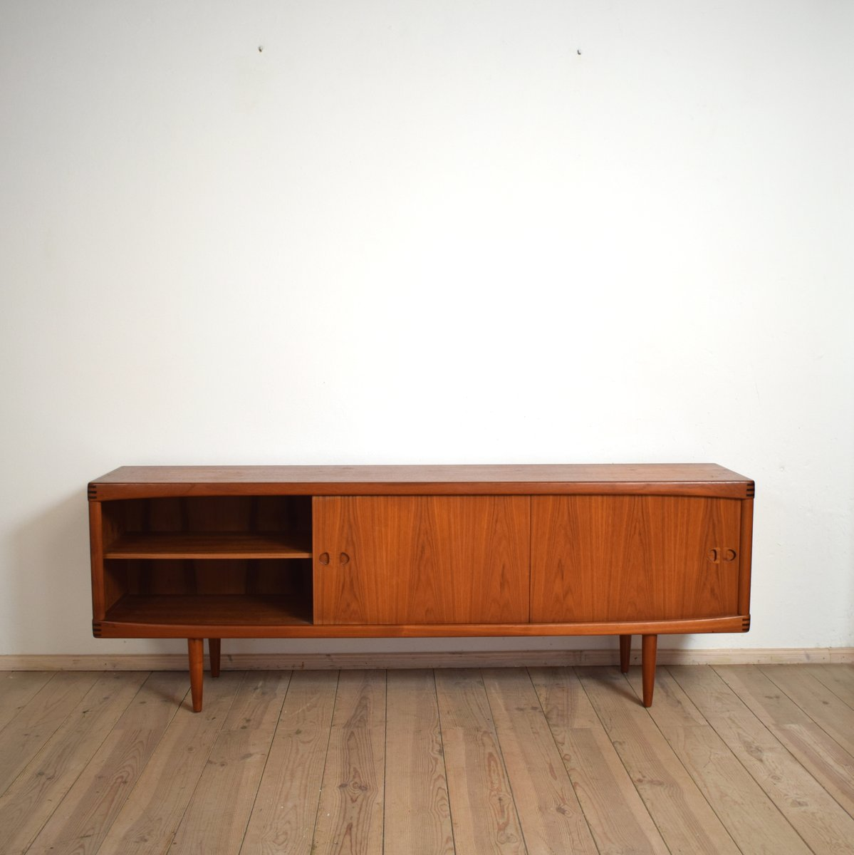 mid century modern teak sideboard by h w klein for bramin for sale at pamono. Black Bedroom Furniture Sets. Home Design Ideas