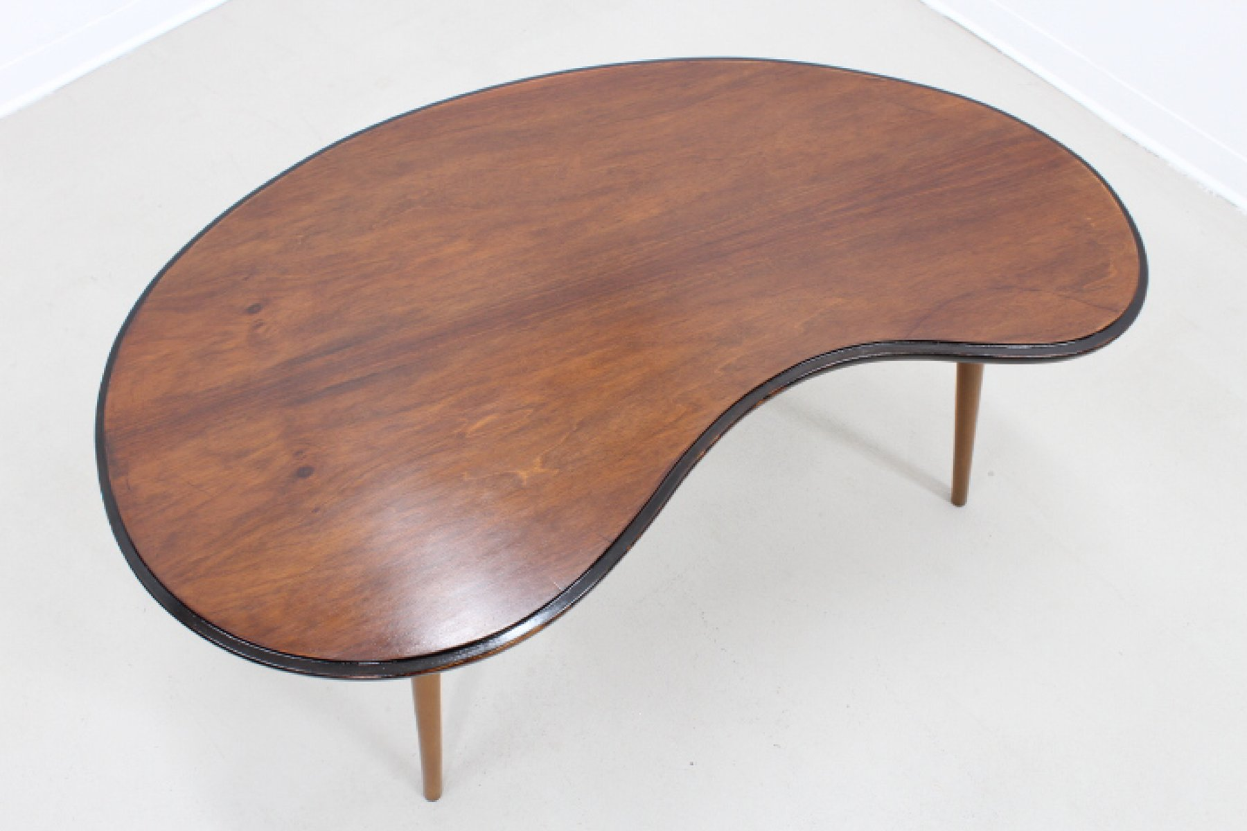 Mid century curved side table for sale at pamono mid century curved side table geotapseo Images