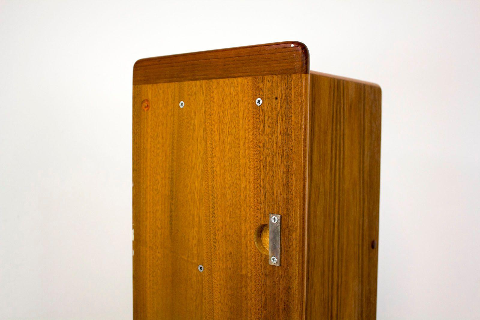 d nische teak garderobe 1960er bei pamono kaufen. Black Bedroom Furniture Sets. Home Design Ideas