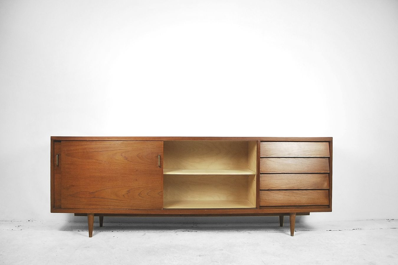 d nisches modernes teak furnier sideboard 1960er bei pamono kaufen. Black Bedroom Furniture Sets. Home Design Ideas