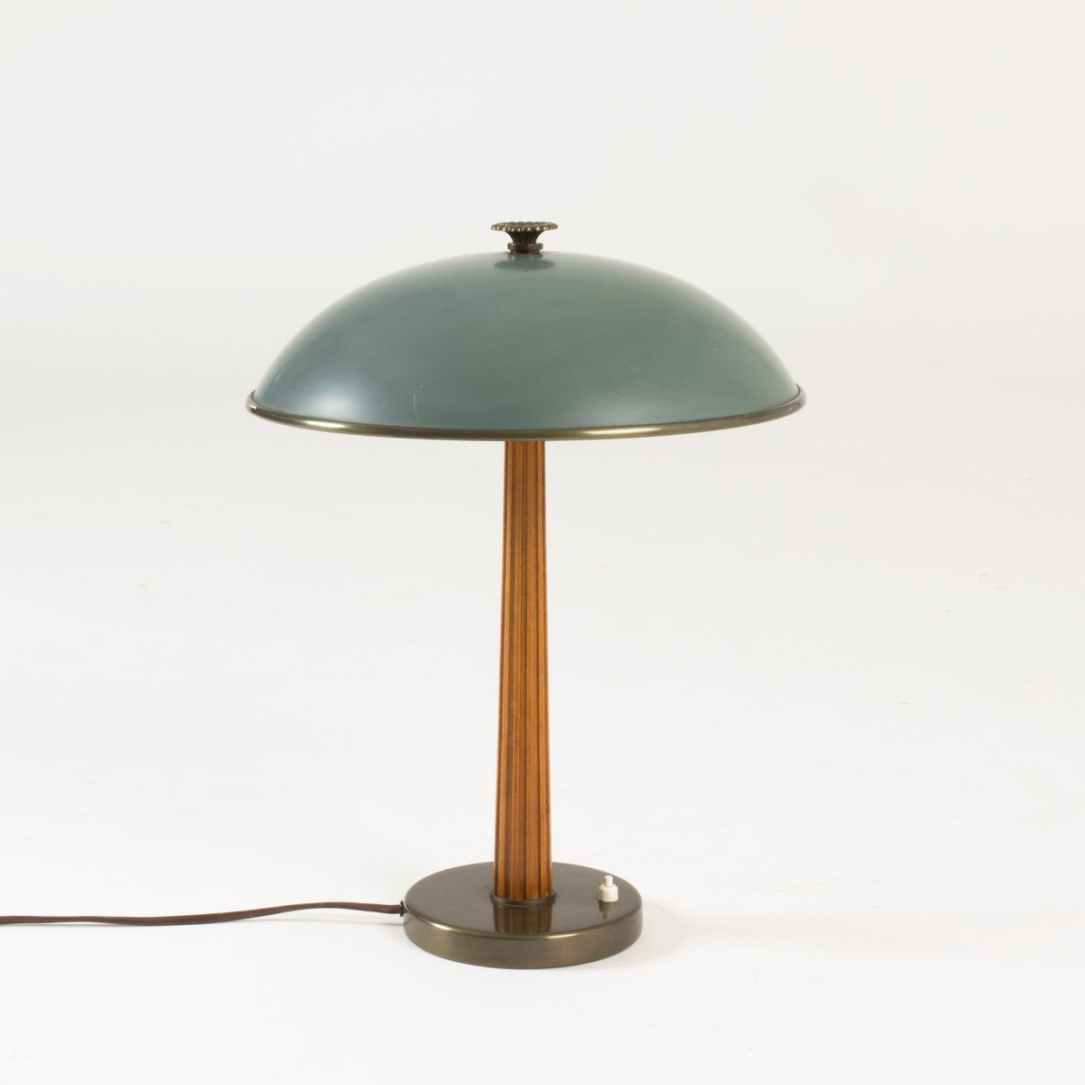 Metal mahogany table lamp from bhlmarks 1940s for sale at pamono metal mahogany table lamp from bhlmarks 1940s geotapseo Choice Image