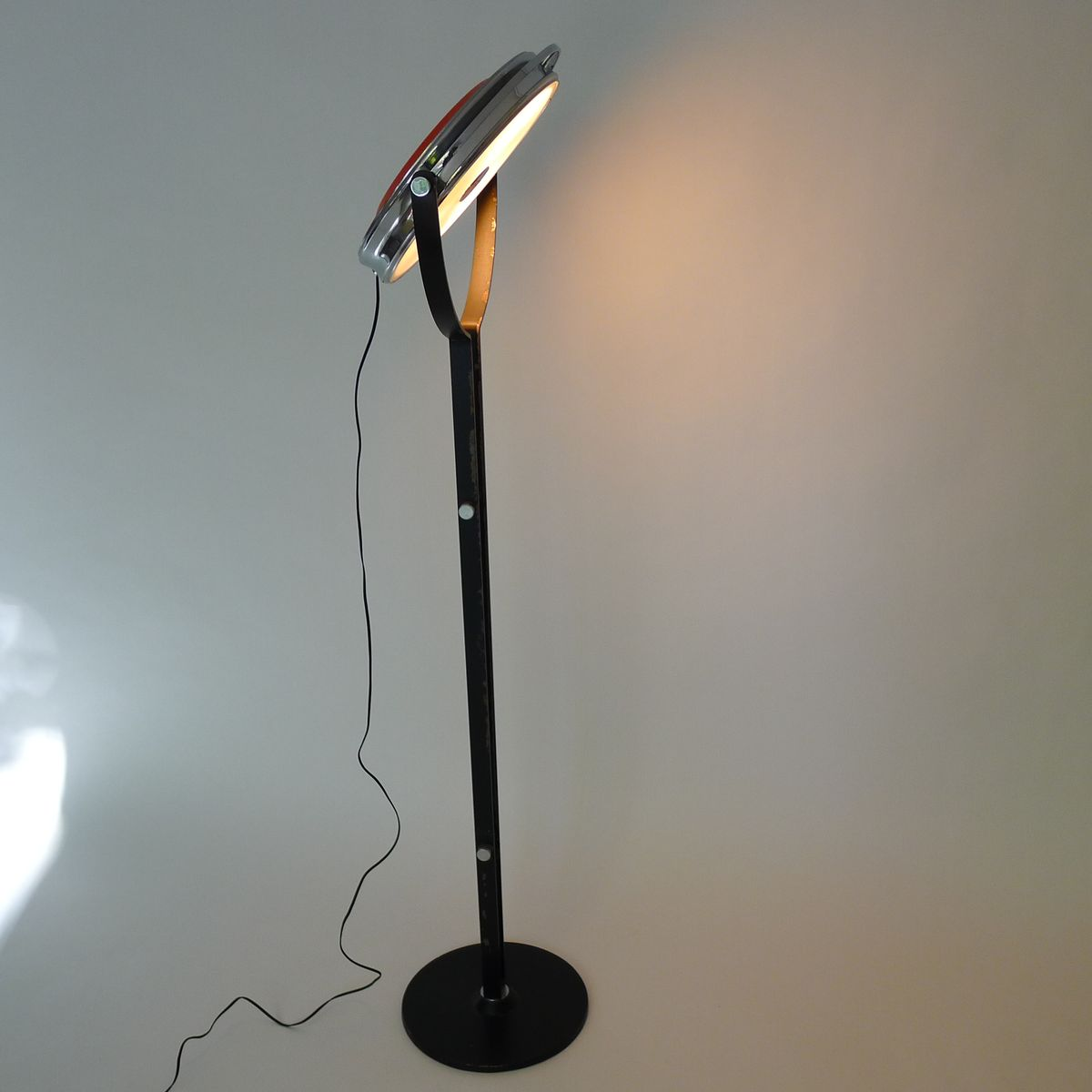 space age floor lamp 1970s for sale at pamono. Black Bedroom Furniture Sets. Home Design Ideas