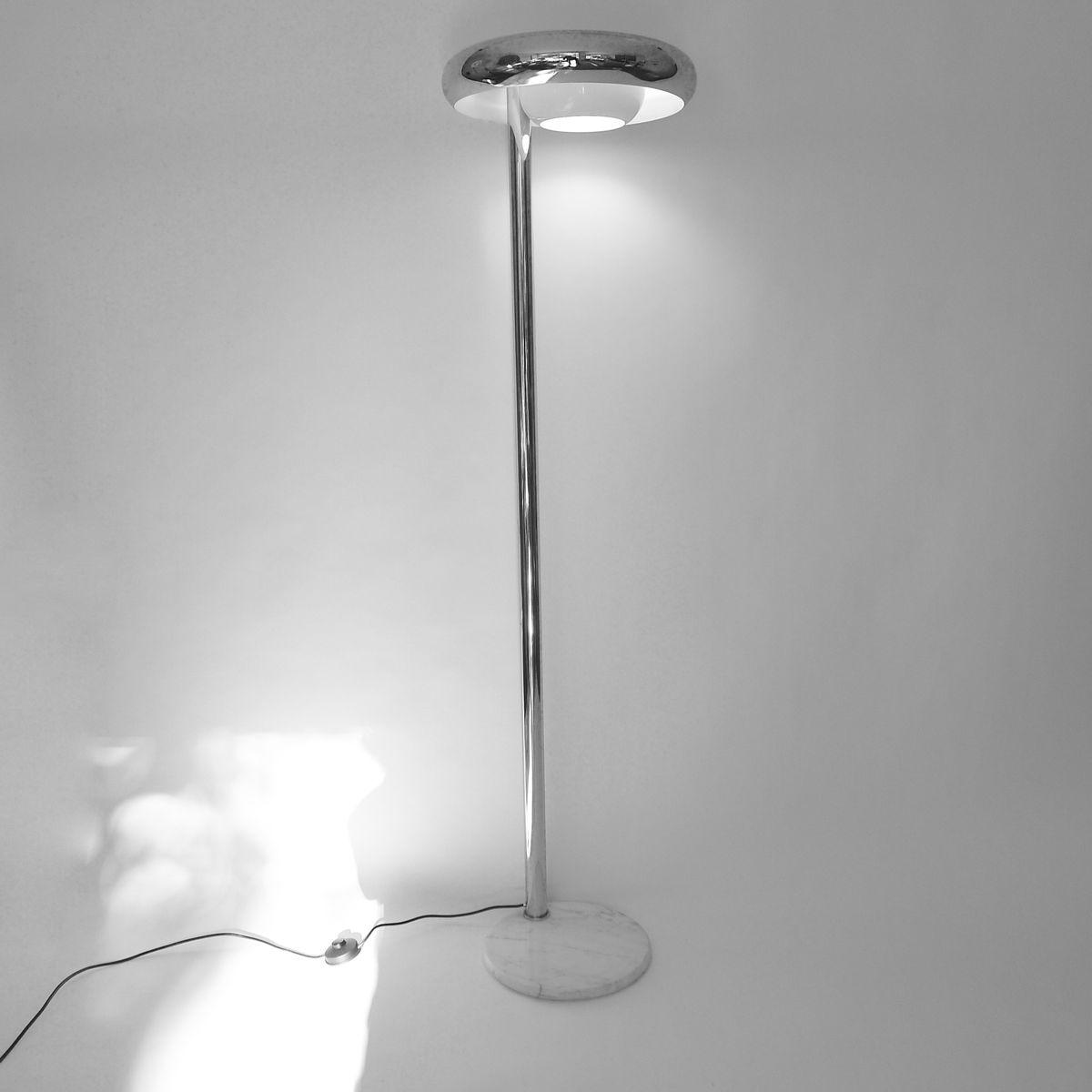 italienische stehlampe 1970er bei pamono kaufen. Black Bedroom Furniture Sets. Home Design Ideas