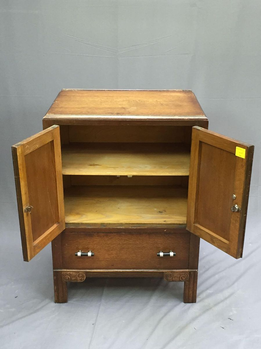 small art deco oak buffet 1930s for sale at pamono. Black Bedroom Furniture Sets. Home Design Ideas