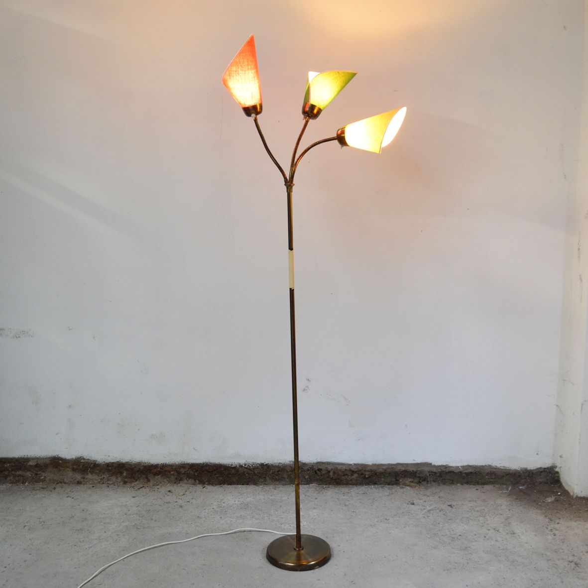 Floor lamp with 3 arms in brass 1950s for sale at pamono for Floor lamp 2 arms