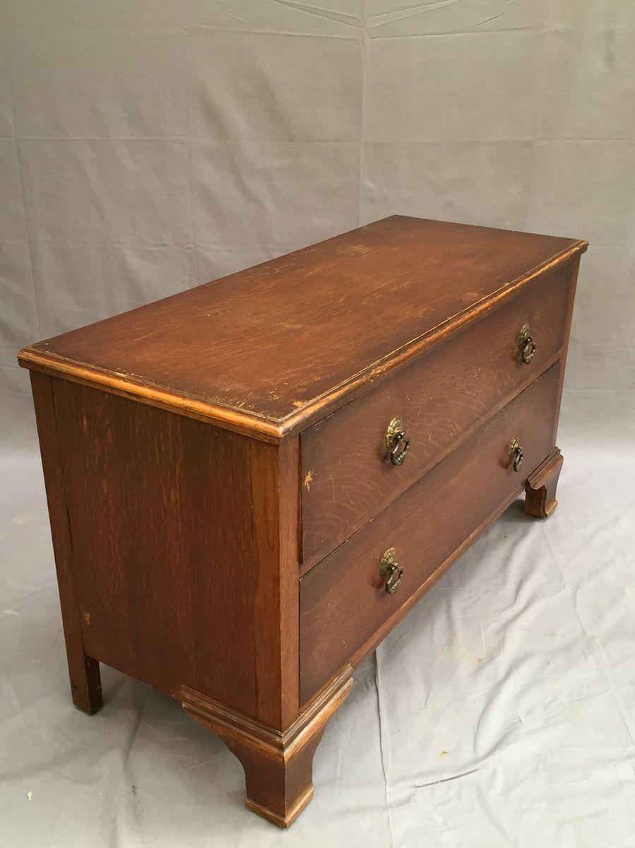 niedrige kommode aus eiche 1930er bei pamono kaufen. Black Bedroom Furniture Sets. Home Design Ideas