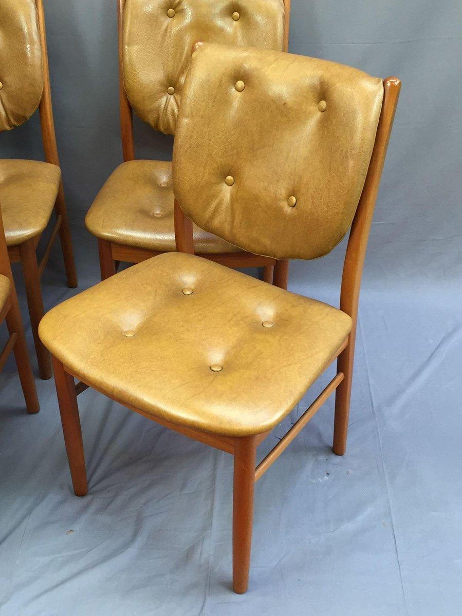 skandinavische st hle aus teak und skai 4er set bei. Black Bedroom Furniture Sets. Home Design Ideas