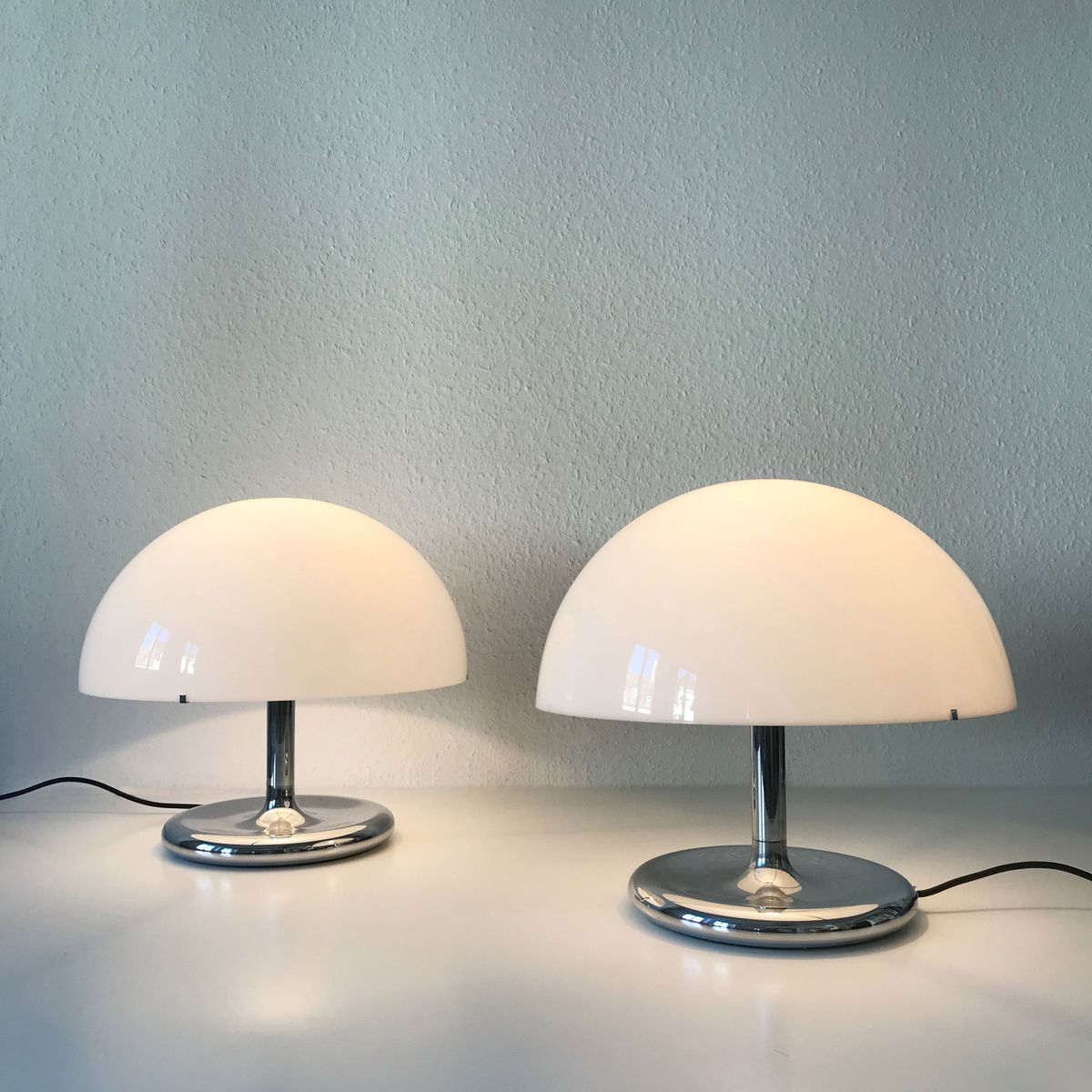 Mid century modern table lamps 1970s set of 2 for sale at pamono mid century modern table lamps 1970s set of 2 geotapseo Image collections