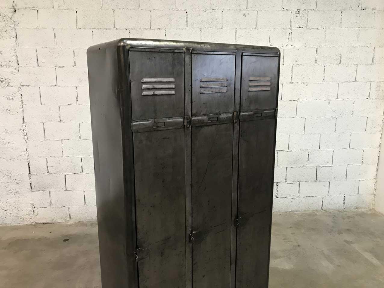 Vintage Industrial Doors For Sale : Vintage industrial locker with doors for sale at pamono