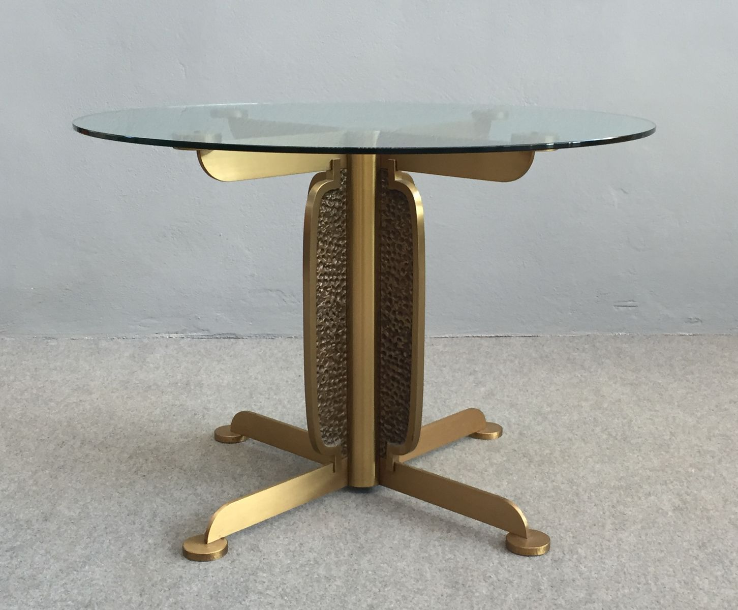 Vintage Round Dining Table By Luciano Frigerio For Sale At Pamono