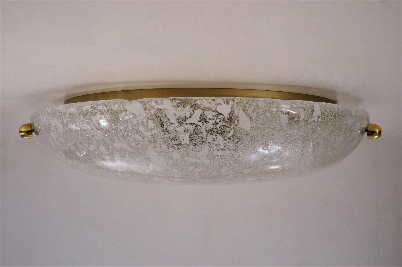 Decken oder Wandmontierte Lampe aus Messing und Glas von Hillebrand, 1970er bei Pamono kaufen