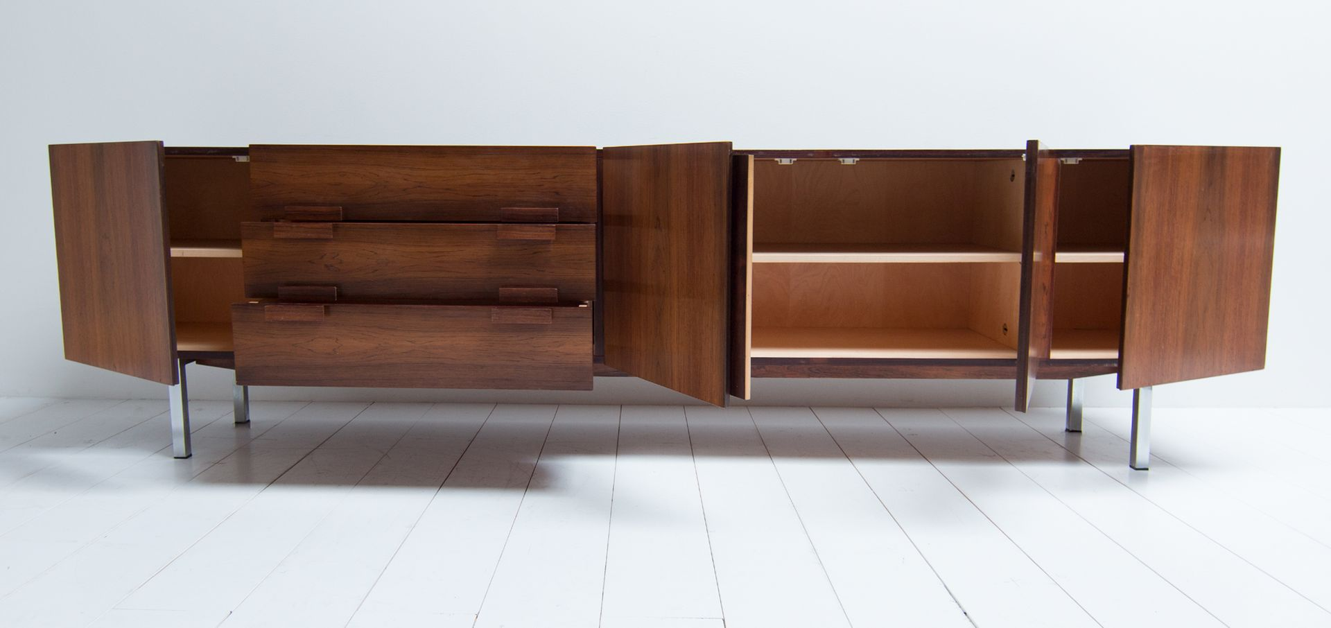 deutsches vintage palisander sideboard 1970er bei pamono. Black Bedroom Furniture Sets. Home Design Ideas