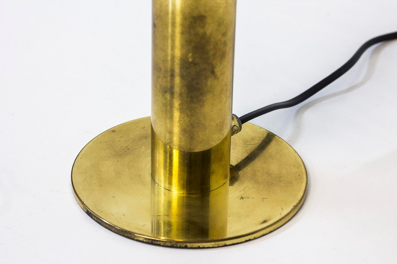 schwedische tischlampe aus messing und glas von hans agne. Black Bedroom Furniture Sets. Home Design Ideas
