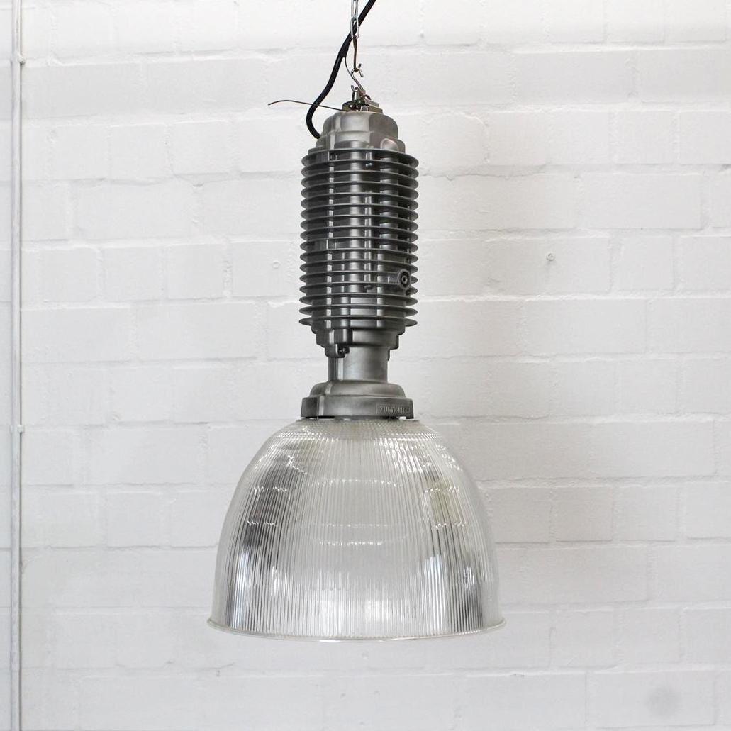 Industrielle vintage lampe von zumtobel bei pamono kaufen for Design lampen nachbau