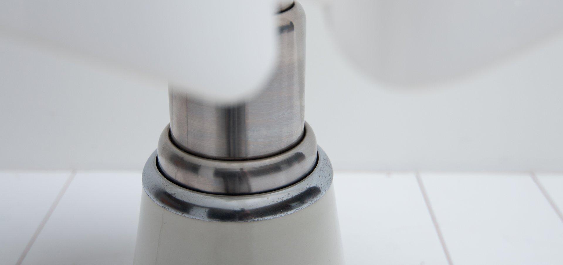 pipistrello table lamp by gae aulenti for martinelli luce. Black Bedroom Furniture Sets. Home Design Ideas